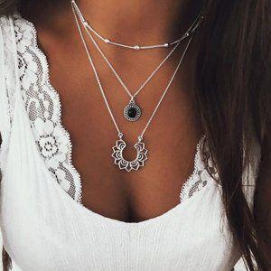 🆕 Retro Silver Multilayer Lotus Pendant Necklace
